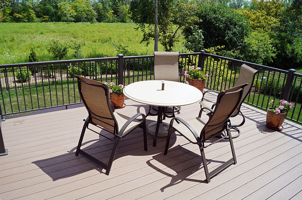 Deck Design and Construction in Wisconsin