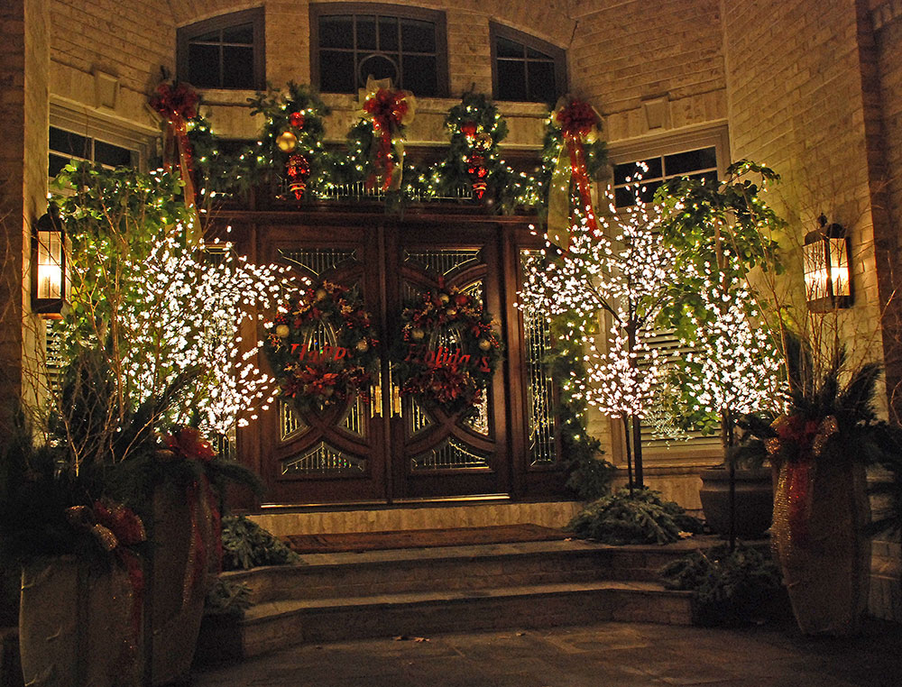 Holiday Lighting Services in Appleton, WI