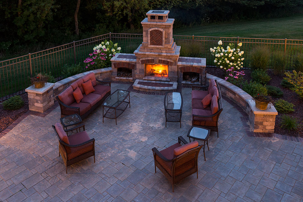 Outdoor fireplace landscaping design in appleton wi for Where to buy outdoor fireplace