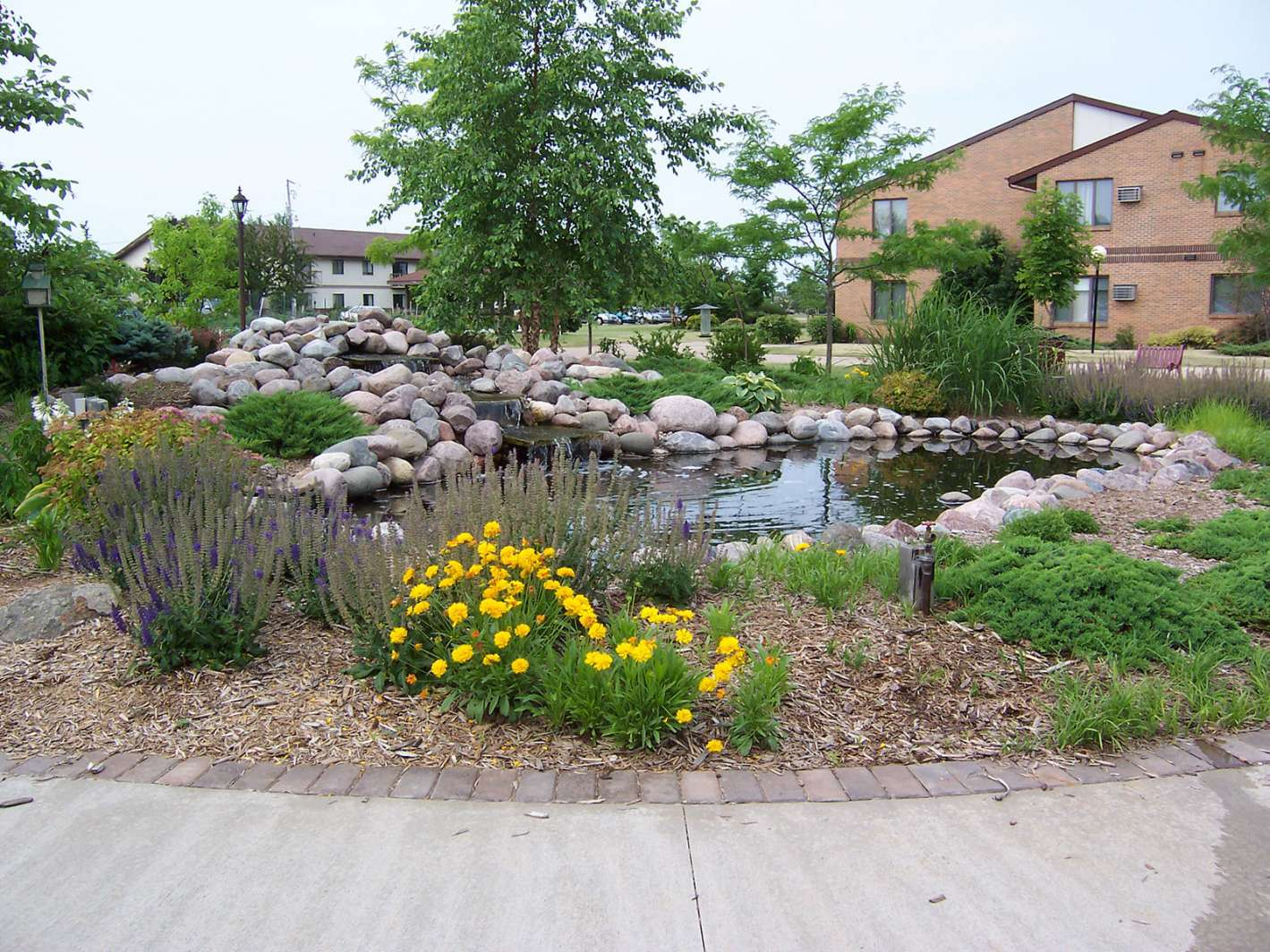 Municipal Commercial Therapeutic Landscapes In Wisconsin