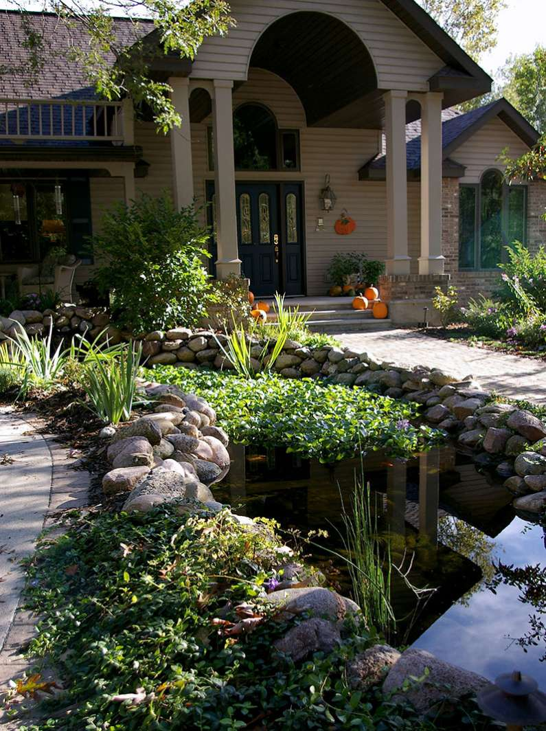 Outdoor Water Features Falls Fountains And Ponds In