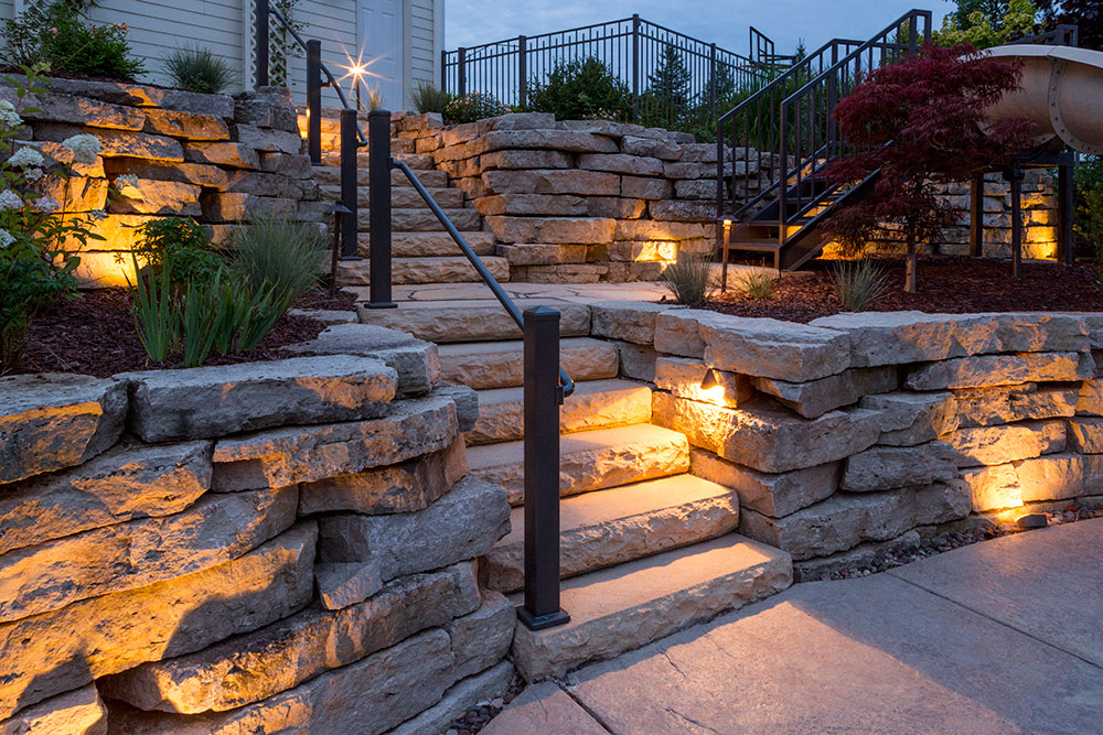 Landscaping Outdoor Lights In Appleton, WI