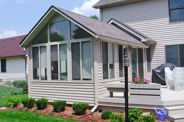 Sunroom Addition and Contruction in Appleton, WI