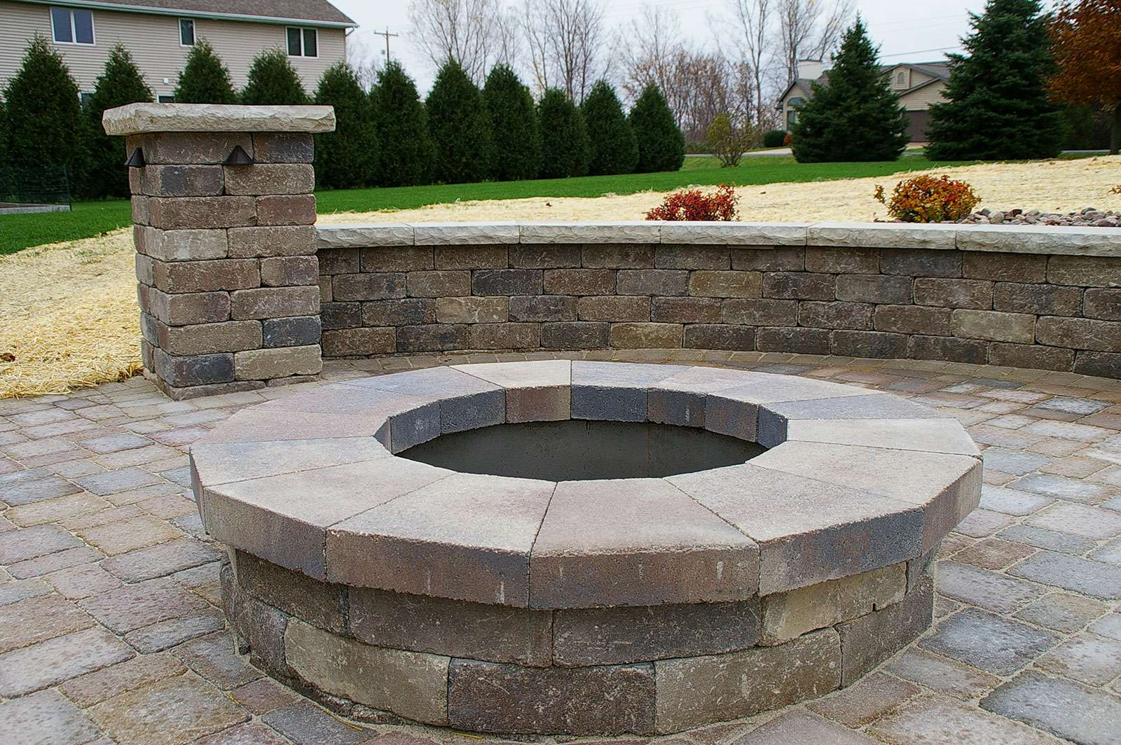 Little Chute Wi >> Fire Pit and Landscape Design, in Appleton, WI
