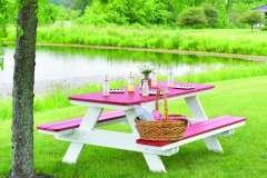 Outdoor Picnic Table fom Berlin Gardens
