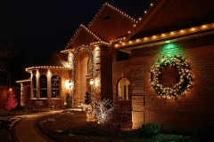 Residential holiday lighting in Fox Cities, Wisconsin