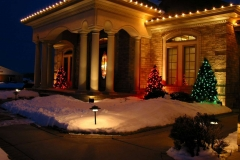 Outdoor holiday lighting in Appleton, Wisconsin