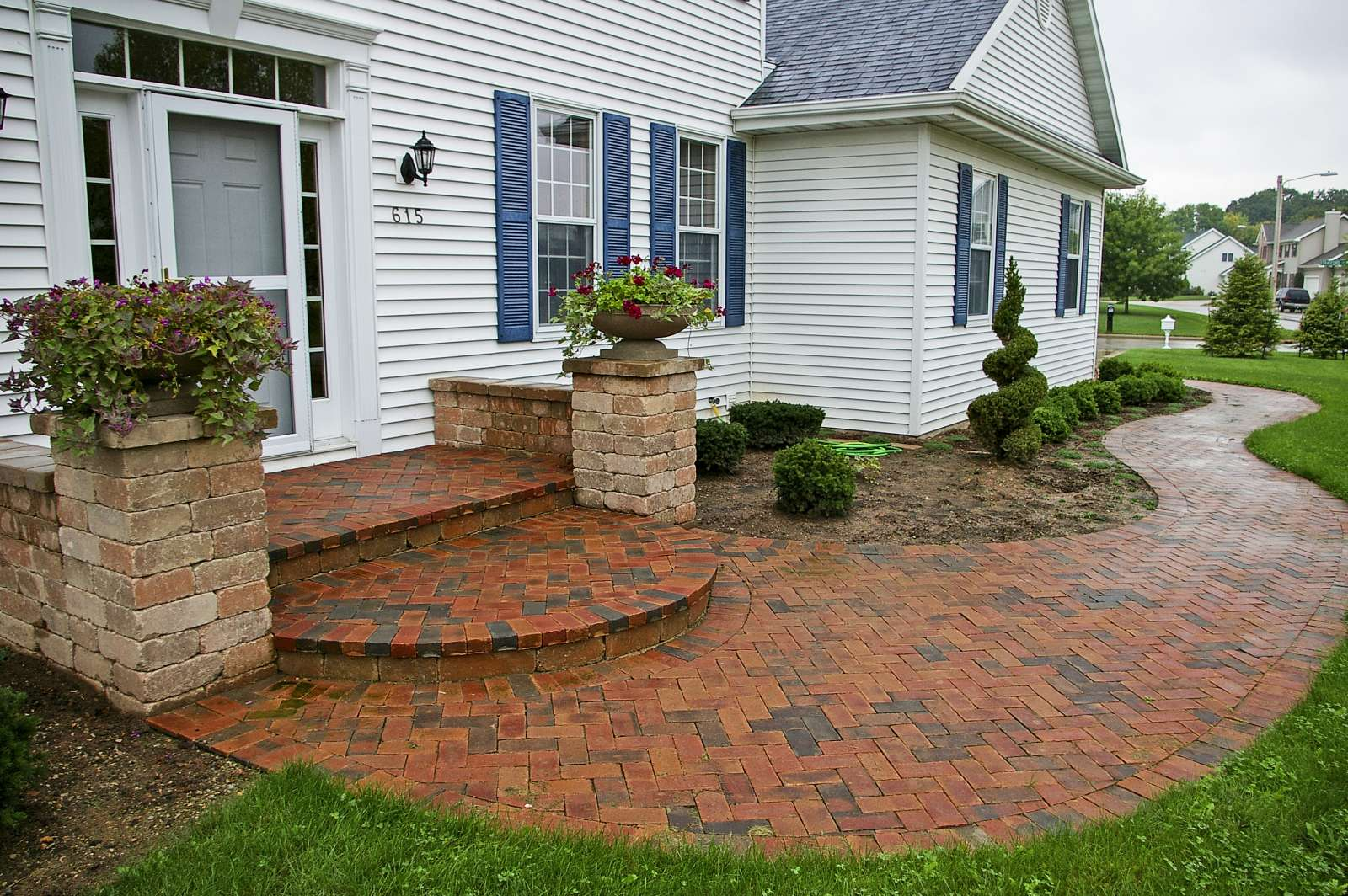 Landscaping Design of Patios, Walkways, and Paths, in ... on Landscaping And Patios id=90633