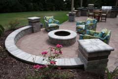 Sitting Wall around Fire pit with Outdoor Furniture